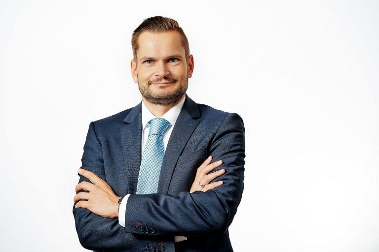 Benedikt M. Garçon von I-R Consulting | Restrukturierung – Sanierung – Betriebsfortführung in der Insolvenz